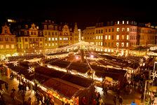 Stände Weihnachtsmarkt.Mainzer Weihnachtsmarkt Landeshauptstadt Mainz Weihnachtsmarkt